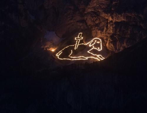 Bild 7 unseres Fotowettbewerbes: Bergfeuer